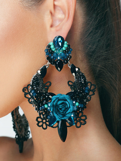 Limited Earrings 226