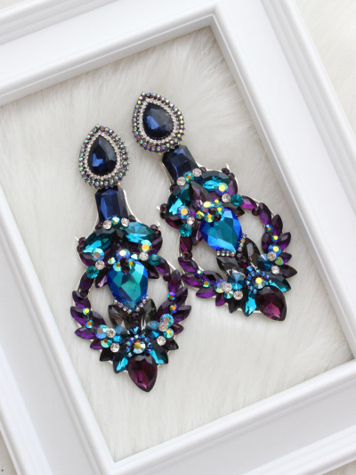 Art Earrings 196