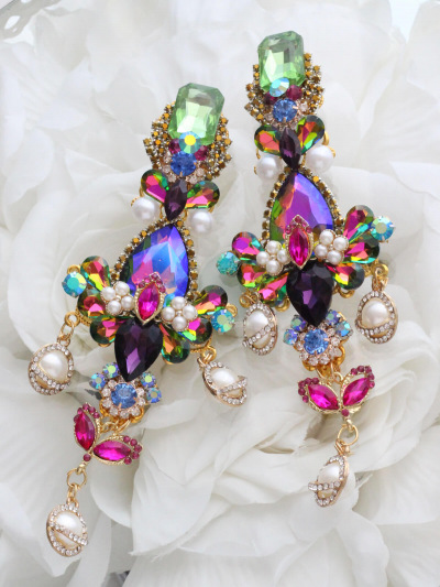 Art Earrings 225